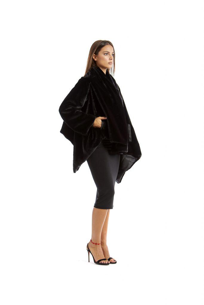 Grace black faux fur cape